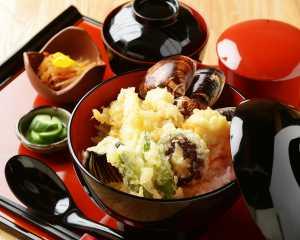 天然はまぐりの天ぷら丼